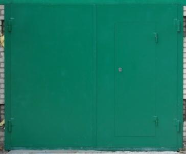 Ворота распашные гаражные 001